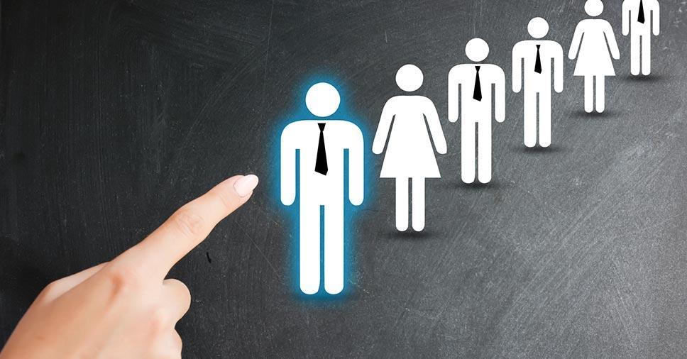 Resultado de imagem para Cinco dicas para contratar funcionários